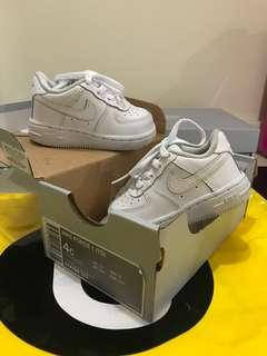 White sneakers Nike Air Force 1
