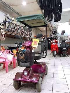 電動四輪代步車
