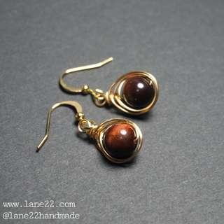 🚚 Red tiger eye gemstone handmade earrings. // Gold tear drop earrings