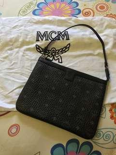 🚚 MCM Black Sling Bag