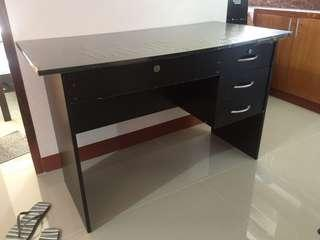 FOR SALE OFFICE TABLE