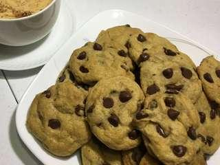 Chocolate chip cookies (Home-made)