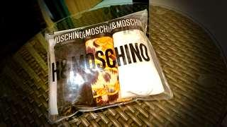 Moschino X H&M Short Trunks Set.  Moschino X H&M 內褲套裝