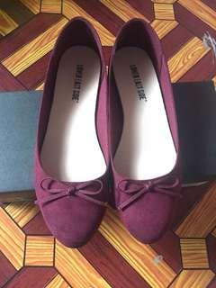 Payless Shoes (Maroon) size 6.5