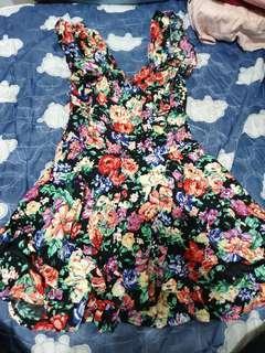 花花小洋裝