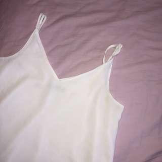 🚚 Cotton on white tank top spag strap cami