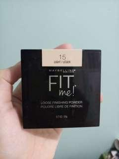 Maybeline Fit Me Loose Powder Shade Light