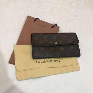 Authentic Louis Vuitton Sarah Wallet in Monogram