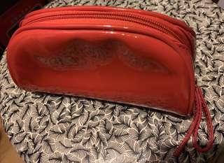 紅色真皮化妝袋