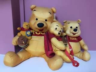 🎁 A total of 4 Winnie The Pooh plush toys altogether for just one successful transaction only to genuine buyer.