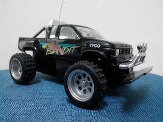 Vintage 1/24 1wd Tyco Micro Bandit Monster Truck Rc (without remote)