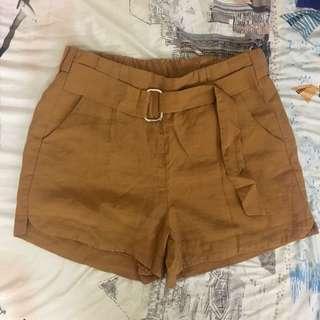 Tan Highwaist Shorts