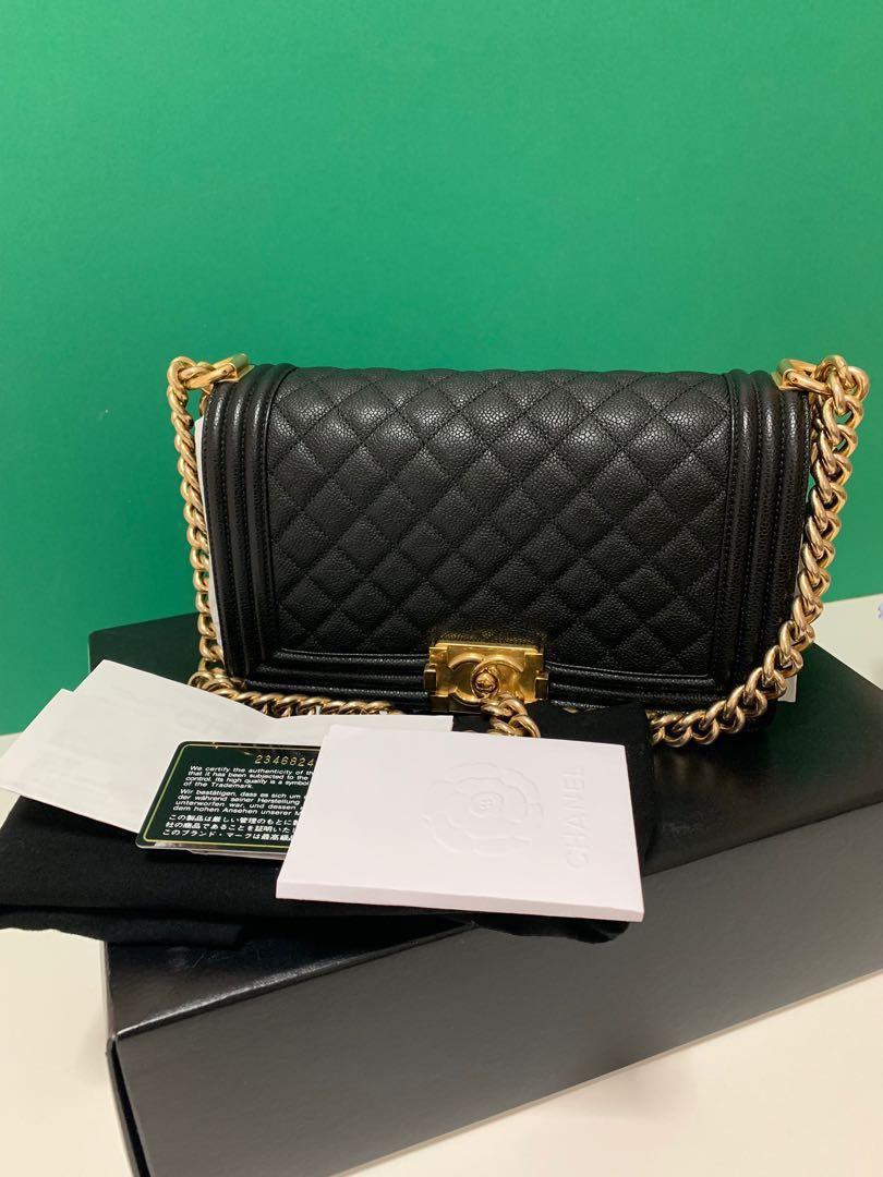 426cbafa7c3d $5400(last price) 💯 Authentic Chanel Boy Old Medium black caviar in ...