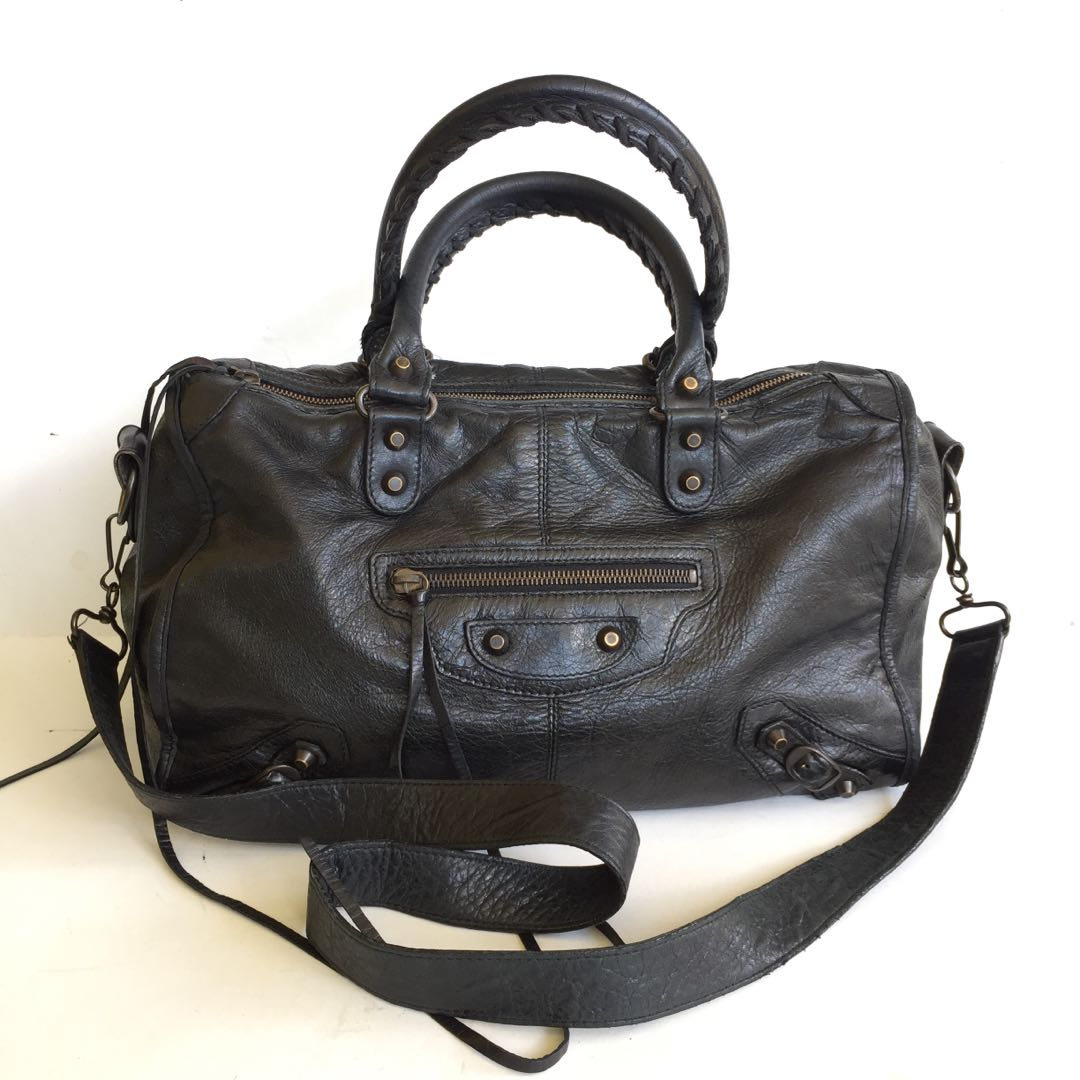 97d1fc0e74 Balenciaga giant city bag, Women's Fashion, Bags & Wallets, Handbags ...