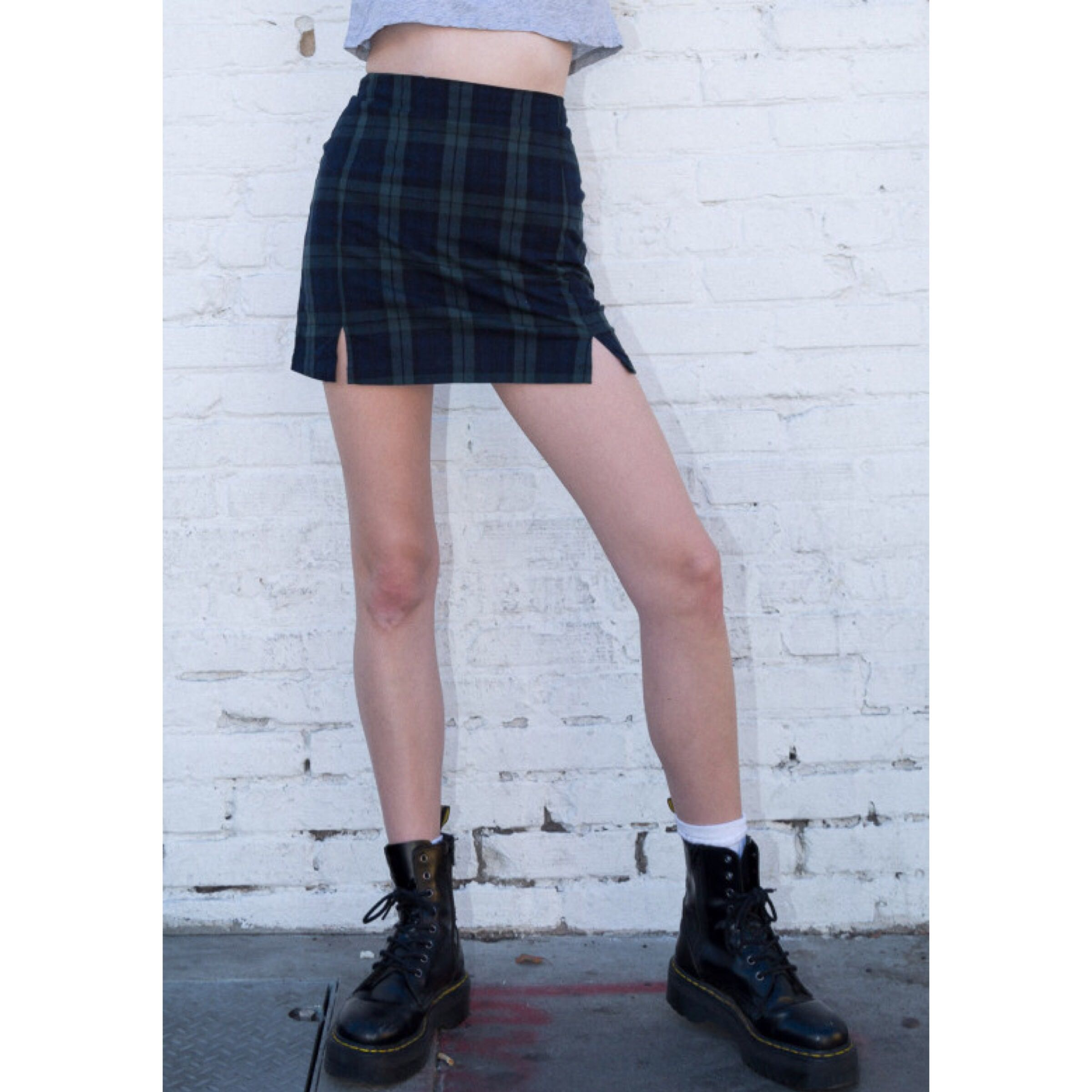 c9de30ef2b Brandy melville green plaid cara skirt, Women's Fashion, Clothes, Dresses &  Skirts on Carousell