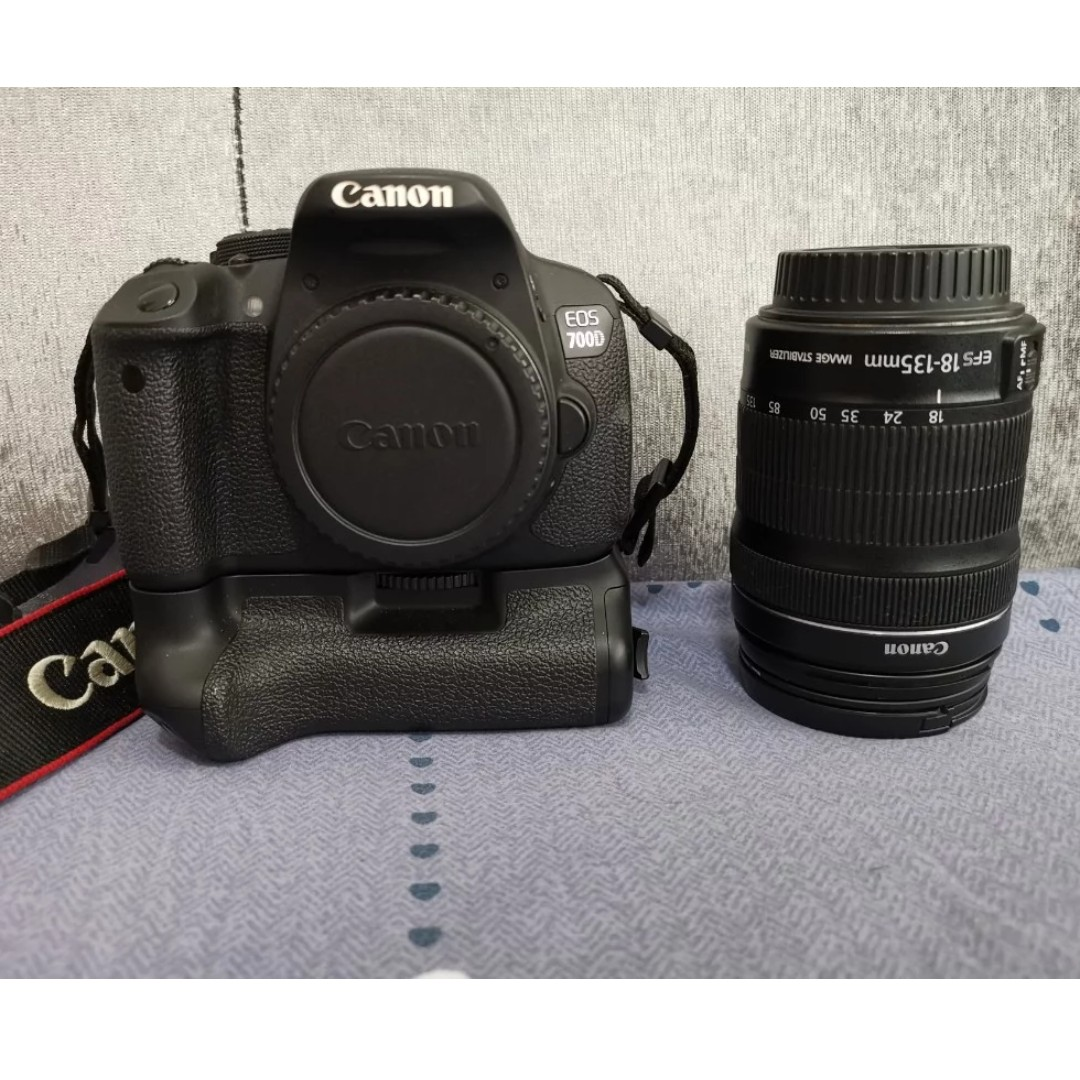 Canon EOS 700D with 18 - 135mm lens, Photography, Cameras