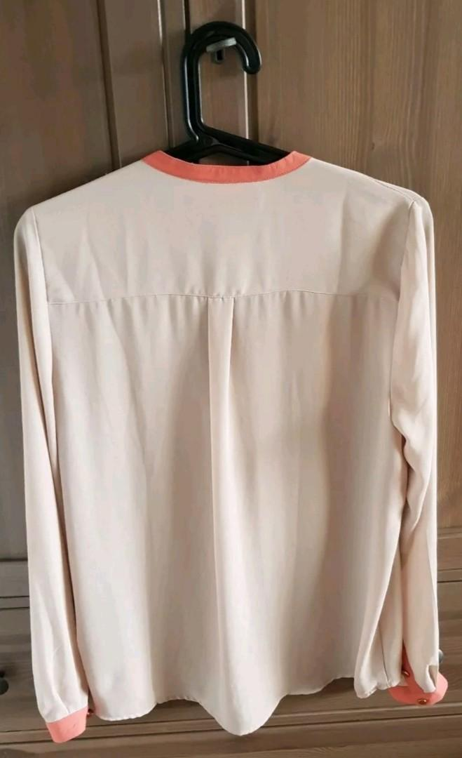 FOREVER 21 Beige CORAL Office Blouse Top Brand New With Tags BNWT Sz 6 8 10 XS-S