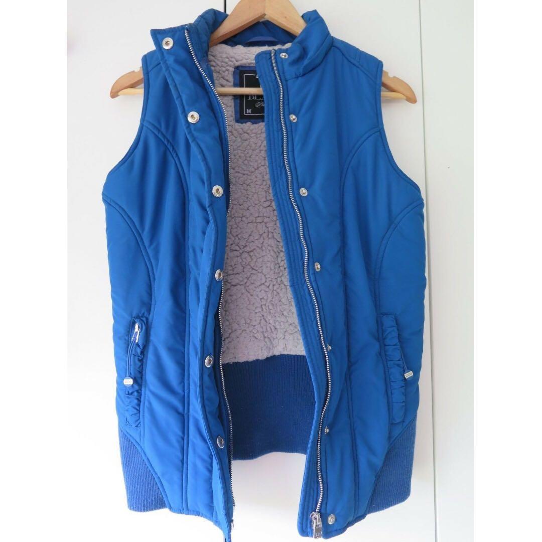 Lorna Jane puffer jacket sz S