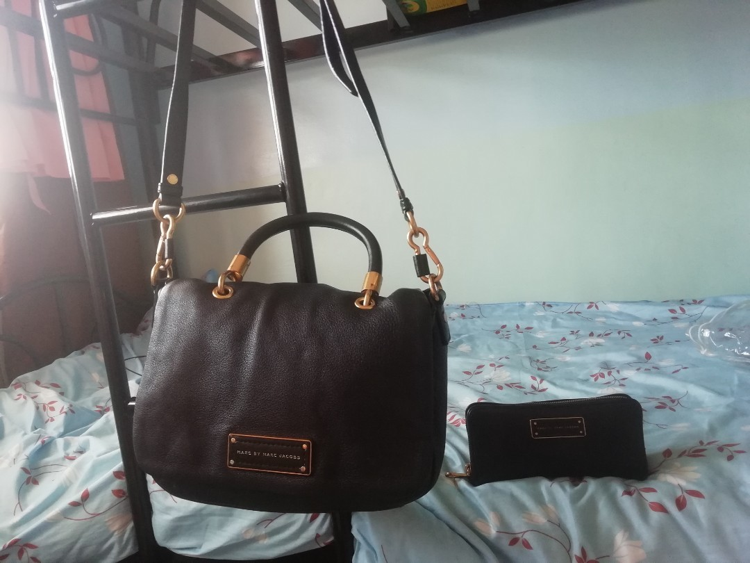 4e7472cb40f1a Marc Jacobs Black Leather Too Hot to Handle Small Satchel Bag and ...