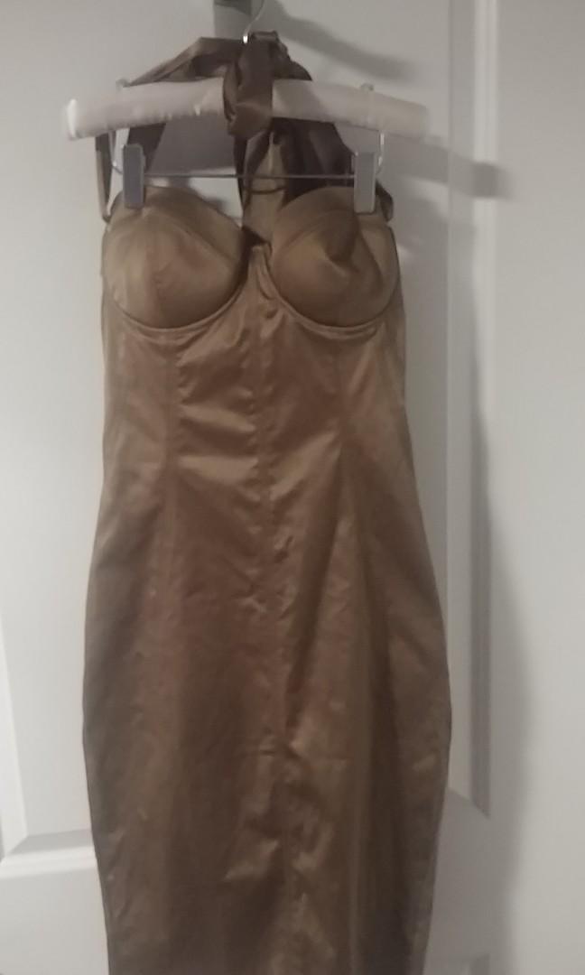 Marciano- size 4- beautiful  knee length formal dress
