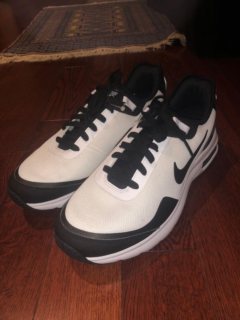 Nike Sample