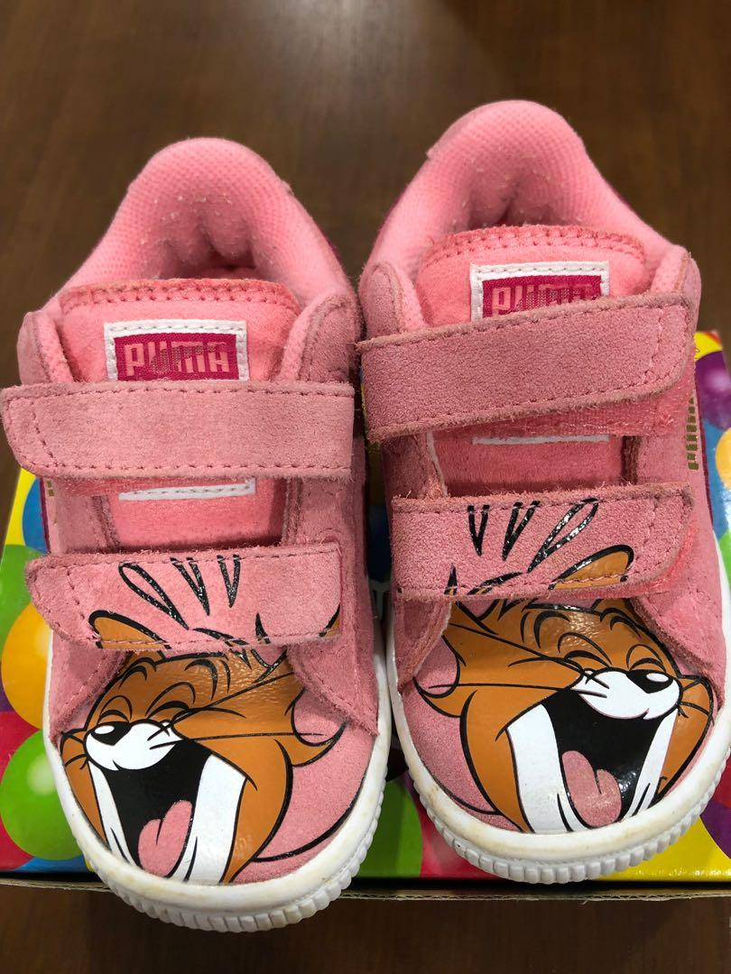 Puma toddlers walking shoes (US size 6