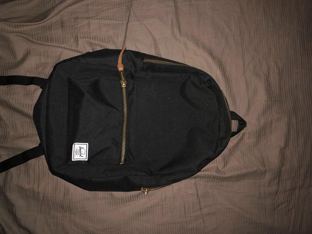 c6d5b61d526 Unisex Black and Gold Herschel Backpack