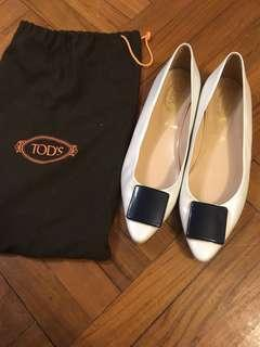 Tod's white black buckle pointed leather flat 白色 方扣 尖頭 真皮 平底鞋
