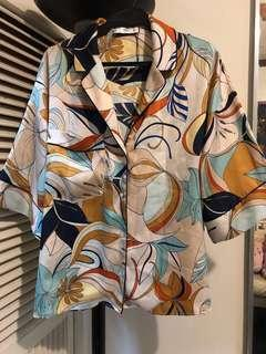 MANGO SILK TOP FITS XS TO SEMI LARGE originally bought for 2,500 selling it for