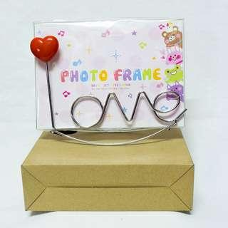 Lovely Metal Photo Frame Love Heart with stand