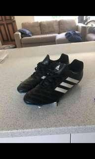 Men's Adidas rugby boots