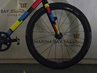 Carbon Front wheel OEM