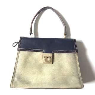 PLOVED: Vintage Authentic Salvatorre Ferragamo Bag