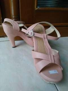 Sandal/high heels isabel adelia ukr.38 new