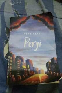 "Buku novel ""Pergi"" Tere Liye"