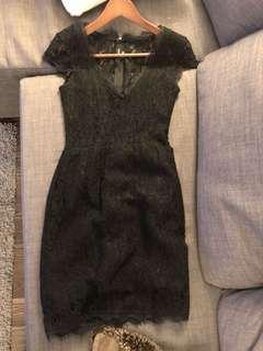 Aritzia babaton Size 0 lace dress