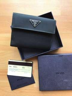 Prada Women Wallet Authentic 💯