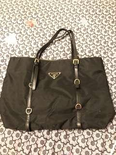 Prada XL shopping tote in Black