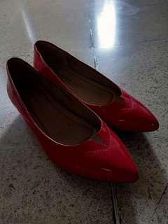 Woman red shoes