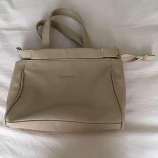 femmebravile woman slingbag