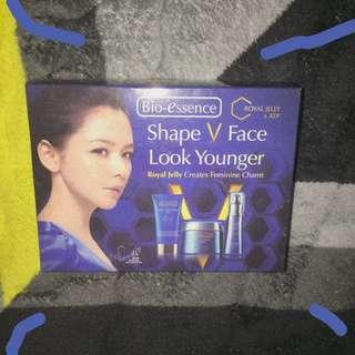 shape v face look younger ( bio essence )