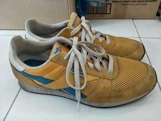 Preloved Original Reebok Classic Jogger Running Sneakers Shoes