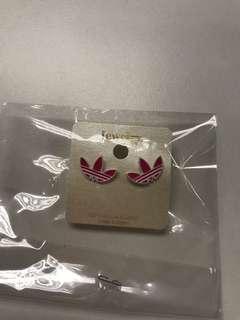 Adidas耳環