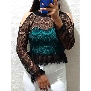 croptop lace black peplum
