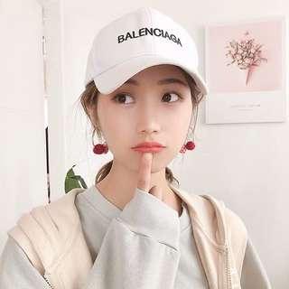 🚚 Pom Pom round earring