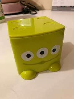 三眼仔桌上小櫃桶