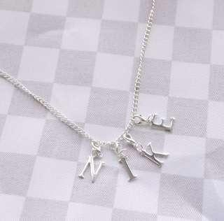 🚚 nike necklace