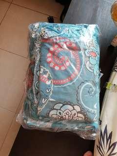 Set bed cover rumbai untuk bed uk 180 × 200