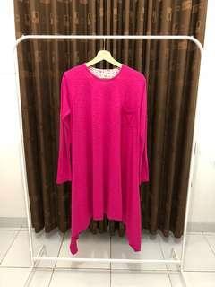 Tunik batwing shocking pink. Fit to L.