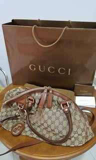 Authentic Gucci sukey boston handbag